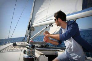 4 Ways to Explore Sailing More as a Hobby
